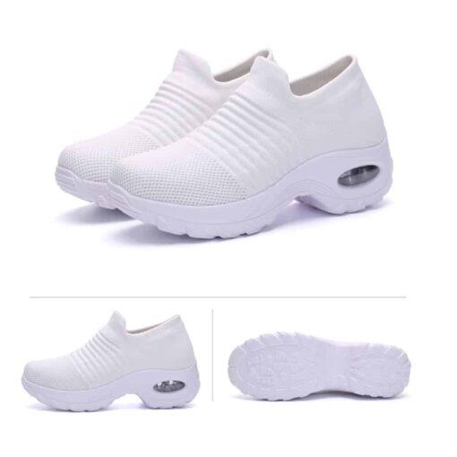 Valkoiset sairaanhoitajan kengät
